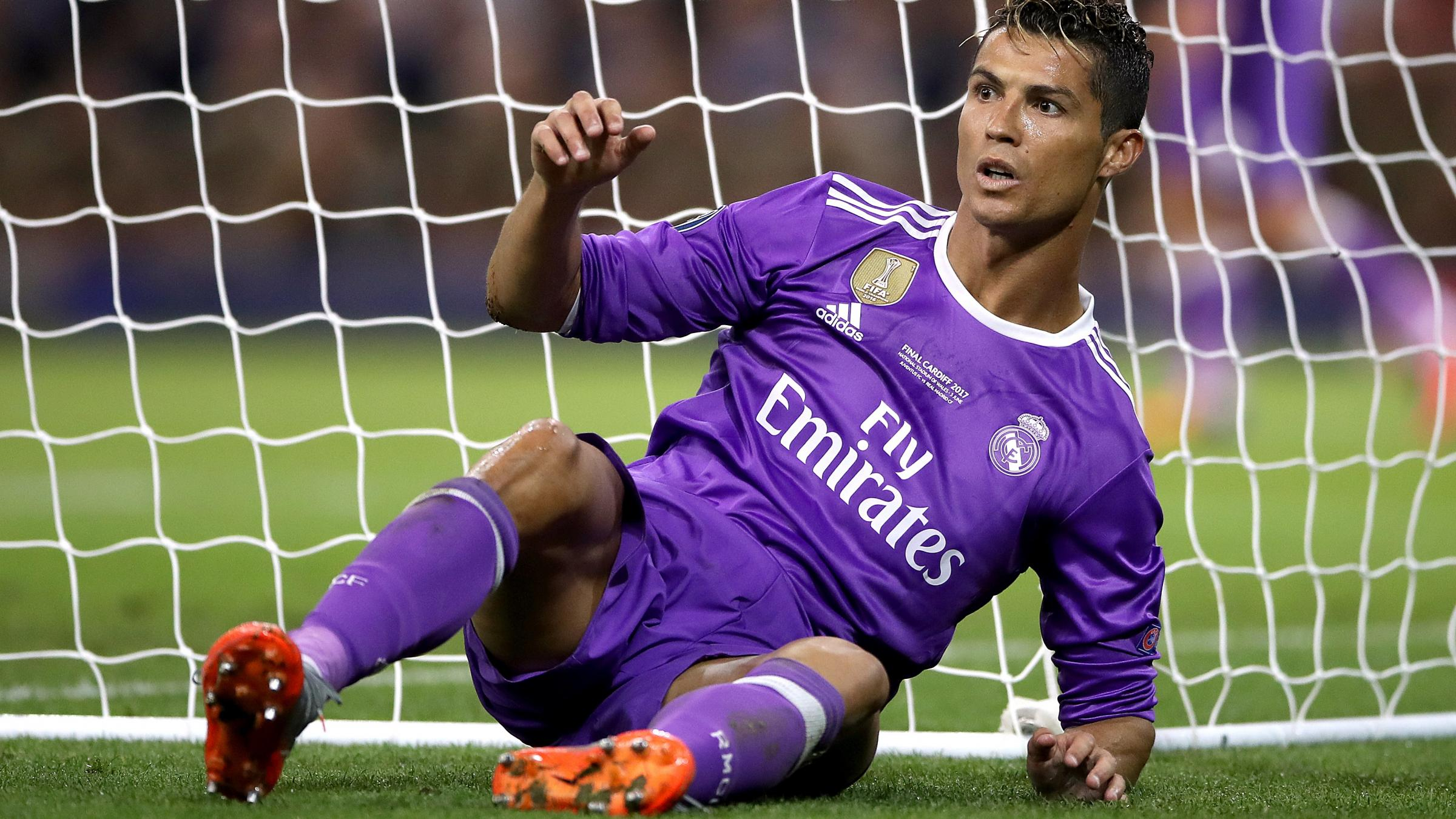 Real have 'full confidence' in Ronaldo over tax